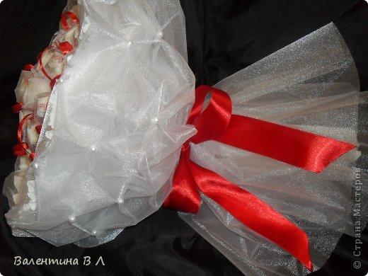 Мастер-класс Свит-дизайн Букет в органзе Бумага гофрированная Бусинки Ленты Продукты пищевые фото 20