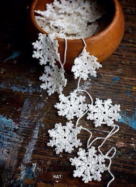 Вязаные снежинки.  Схемы