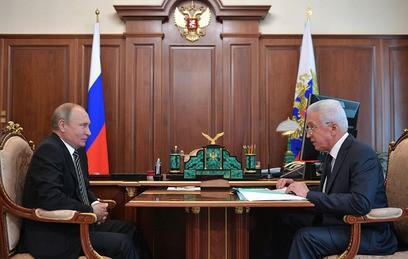 Глава Дагестана рассказал Путину о борьбе с коррупцией