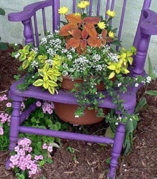 креативная клумба для цветов на даче
