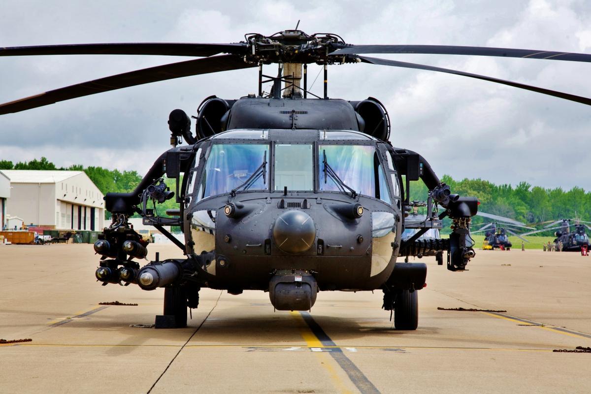 Афганские вертолеты Black Hawk получат пилоны для подвески вооружения