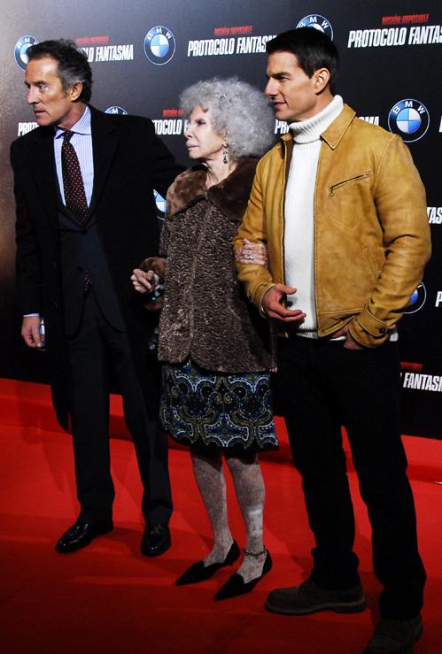 Герцогиня АЛЬБА с мужем и с Томом КРУЗОМ