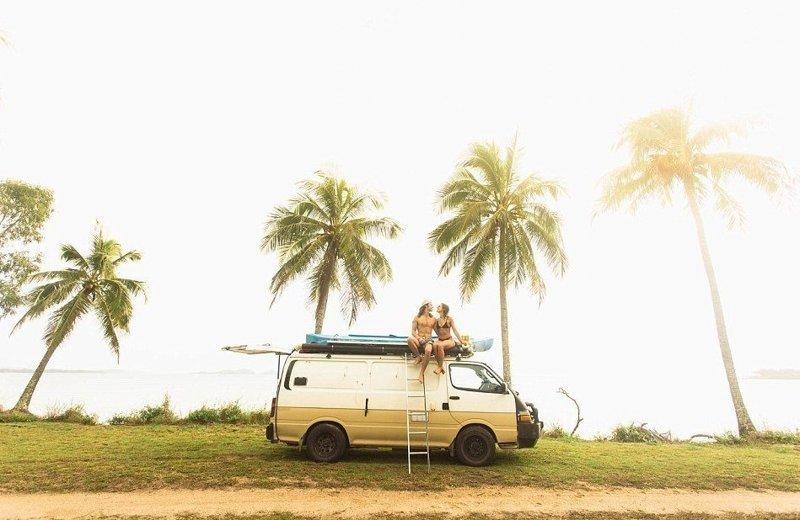 Жизнь 24-летних Клео Кодрингтон и Митча Кокса похожа на приключение австралия, жизнь, пара, приключение, путешествие, фотография, фургон