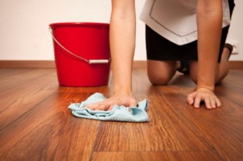 Как сделать средство для мытья полов в домашних условиях
