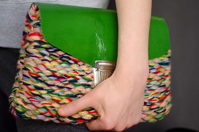 Элегантный вязаный клатч — самодостаточное дополнение к гардеробу