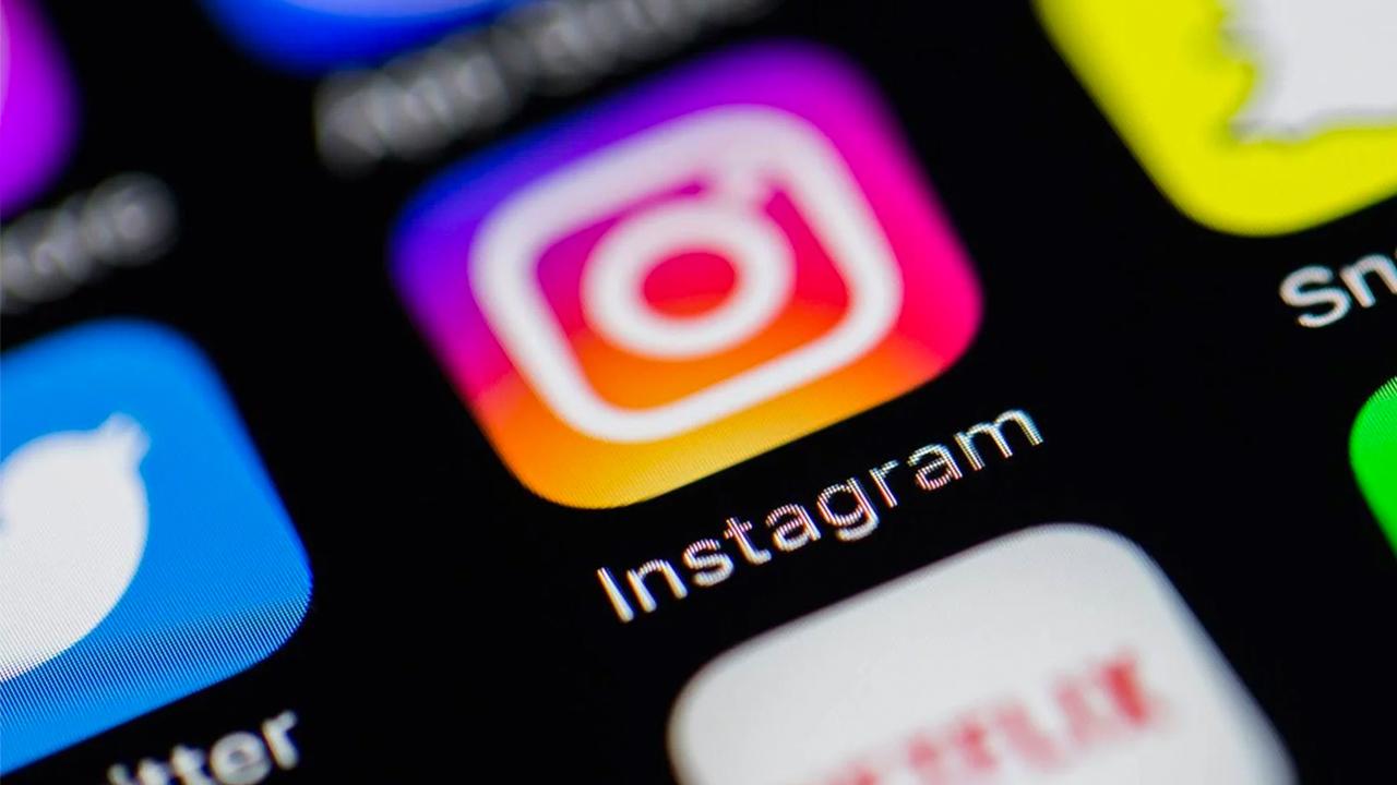 Instagram разрешил репостить…