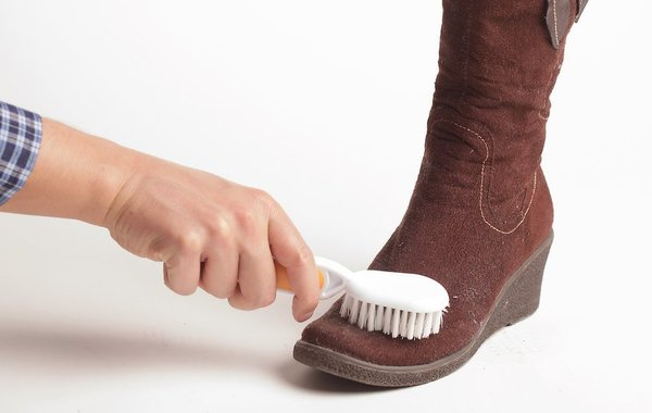 Ваша замшевая обувь всегда будет как новая, если вы воспользуетесь этими простыми советами