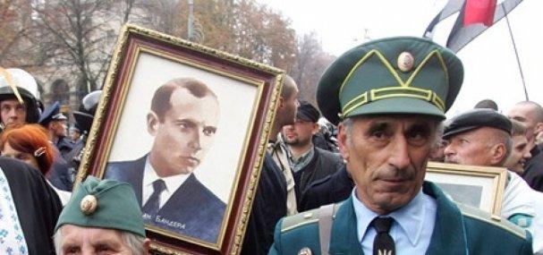 Кто то сомневается, что в случае войны с Россией, патриоты выйдут встречать танки с караваями, в кокошниках, распевая гимн РФ?