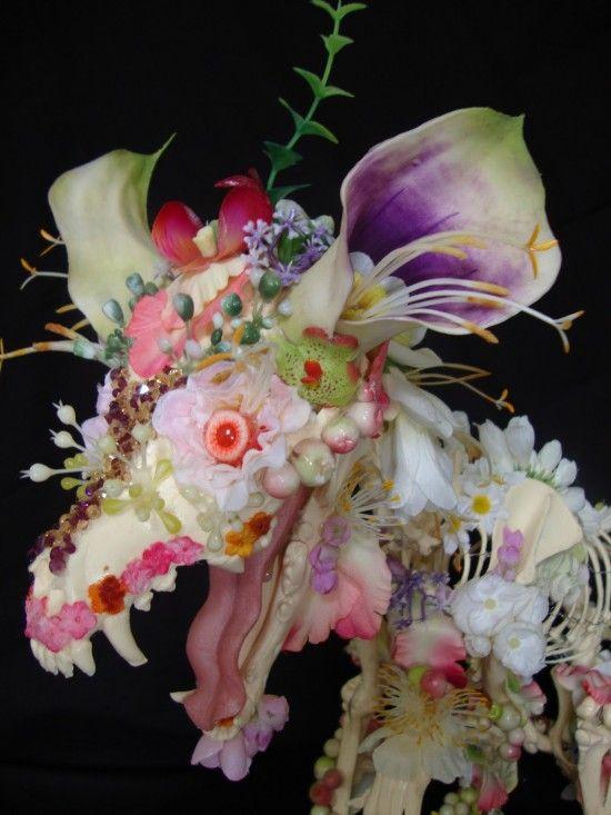 Скелеты из цветов (7 фотографий), photo:7