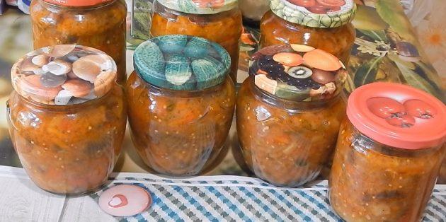 Икра из баклажанов: Икра из жареных баклажанов с кабачками и томатной пастой