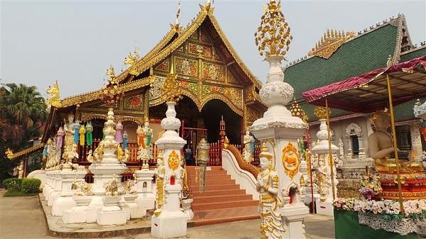 Ват Минг Муанг в Чианг Рае (…