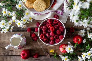 Как отличить лесную ягоду от подделки?
