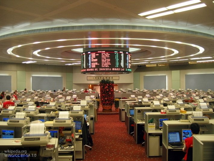 На фондовых биржах Китая произошло крупное падение котировок