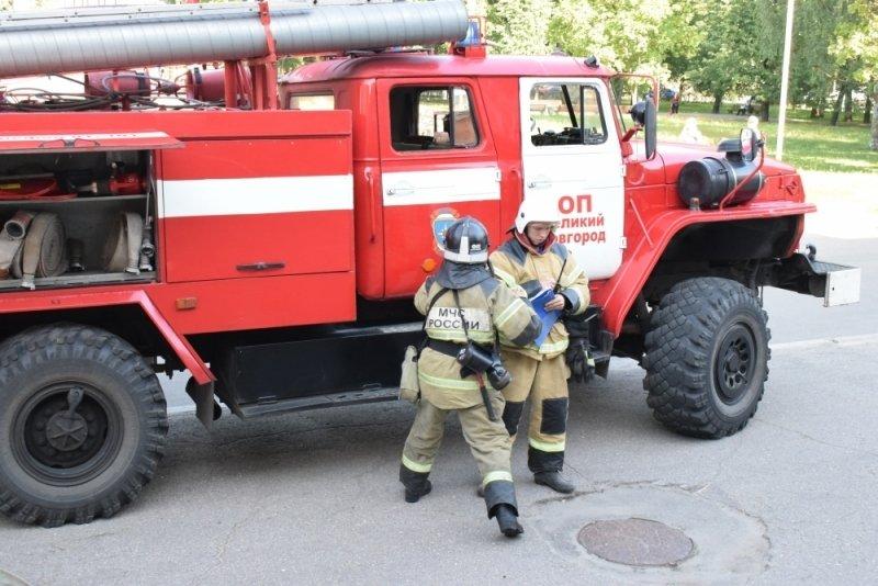 В Новосибирске загорелся деловой центр «Геос»