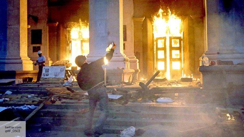 В Киеве призвали сжечь русск…