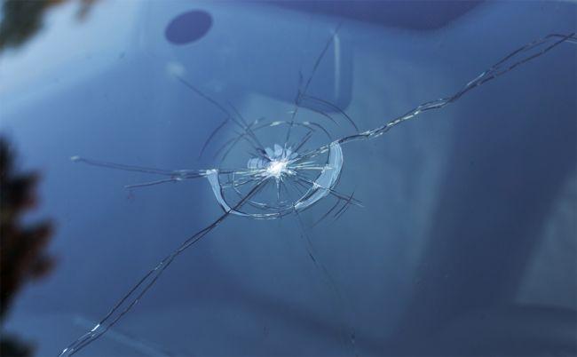 Разрешено ли ездить с треснутым лобовым стеклом