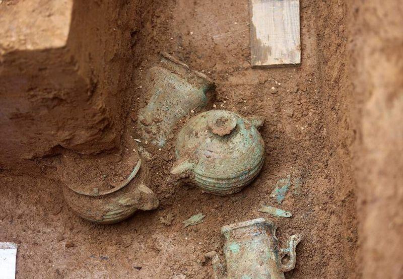 В Китае нашли древние гробни…