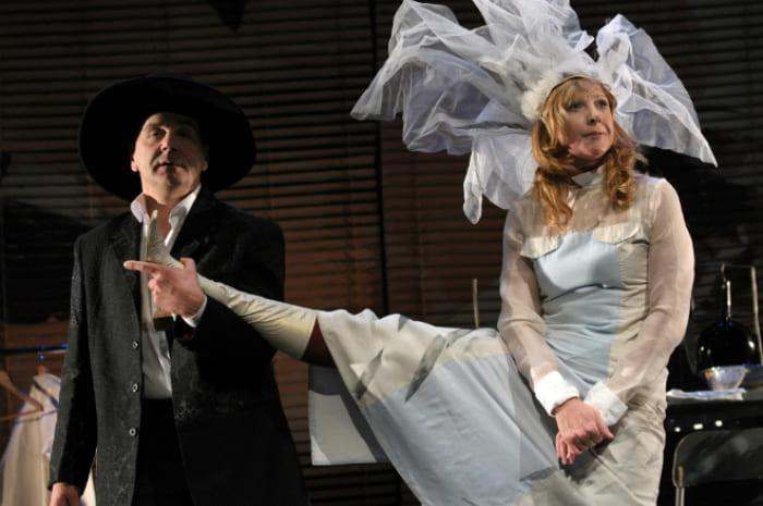 Сергей Маковецкий и Елена Яковлева на театральной сцене | Фото: 24smi.org
