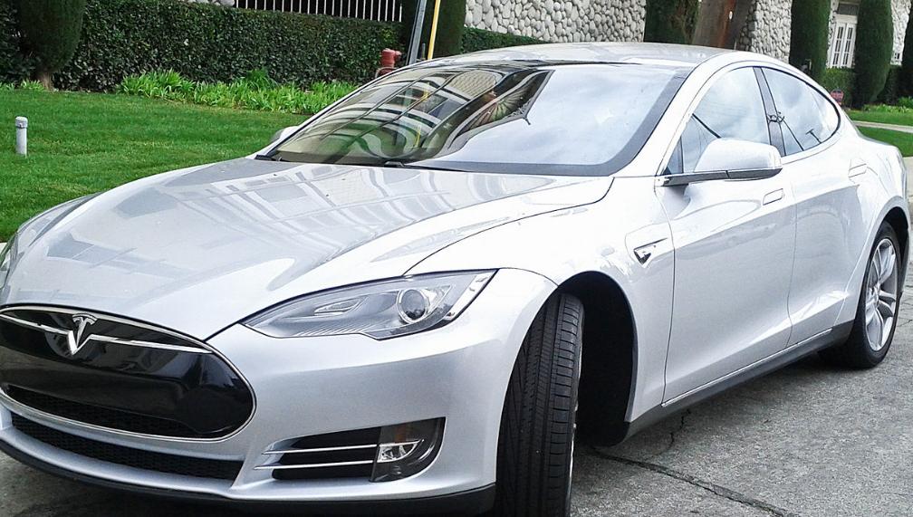 Эксперт о вводе спецномеров для электромобилей: «что бы ни делать, лишь бы что-то делать»