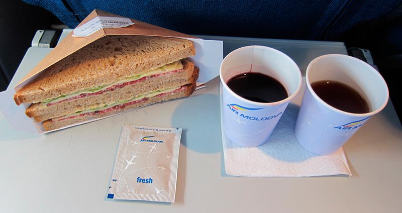 4-е место Эйр Молдова (Air Moldova) 2017, авиакомпания, еда, питание, путешествия, рейтинг, самолет, снг