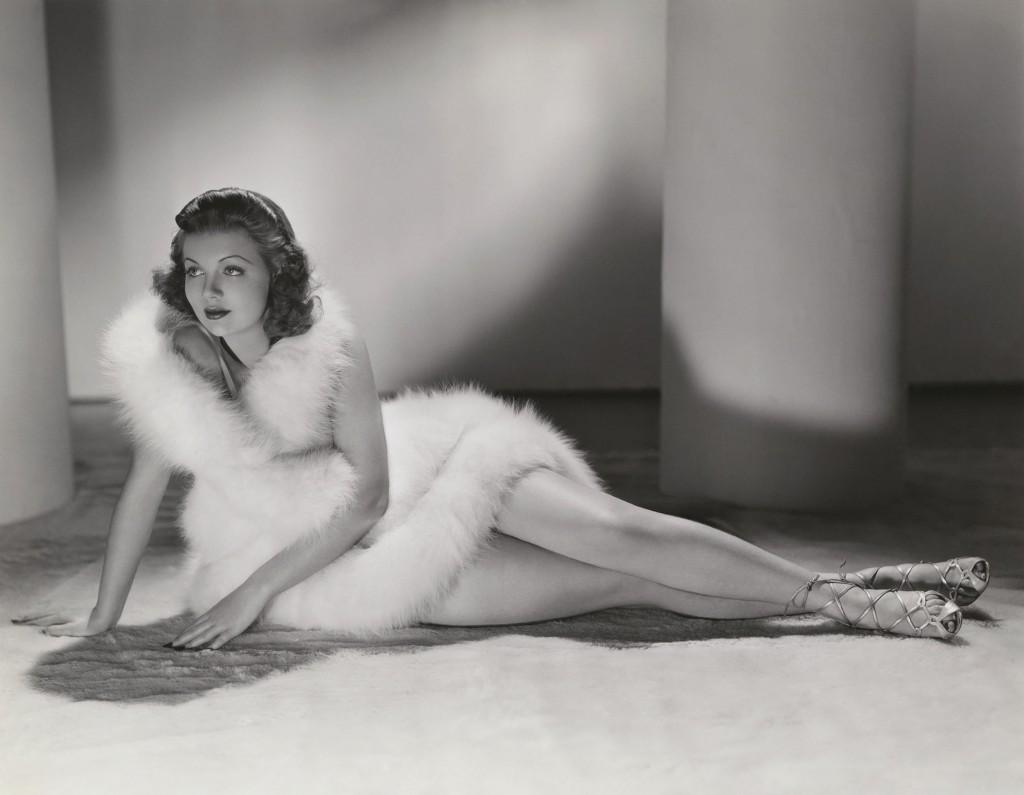 Красотка из 30-ых Лори Лэйн.