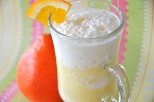 Бананово-апельсиновый коктейль с имбирем