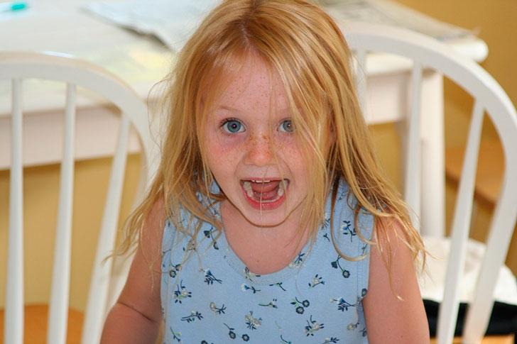Может девочку в детский дом вернуть?
