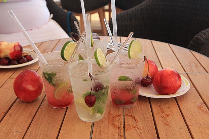 Готовим дома: 10 самых вкусных освежающих напитков