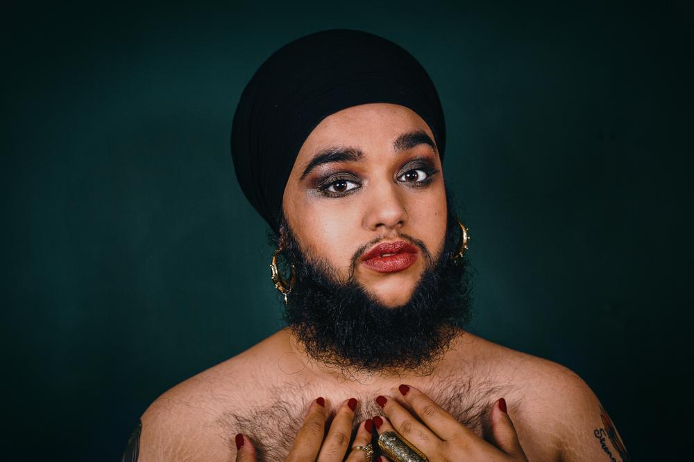Новый бьюти-тренд: бородатые женщины