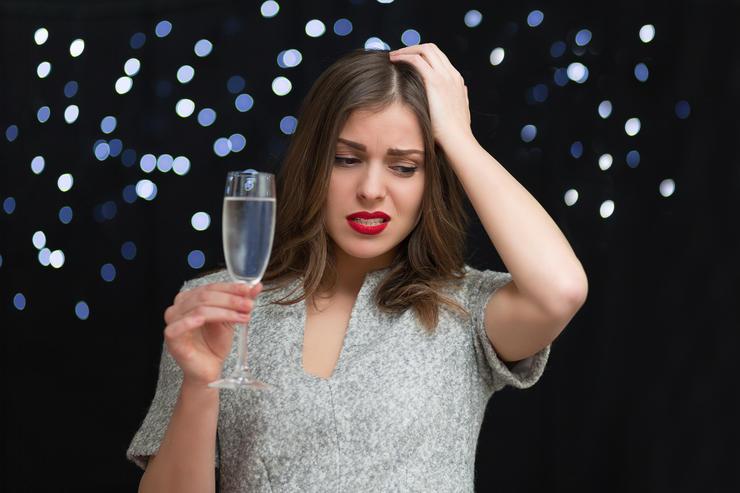 5 напитков, которые спасут от похмелья