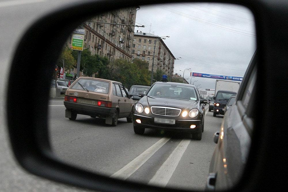 Депутаты предложили не лишать водительских прав за выезд на встречку