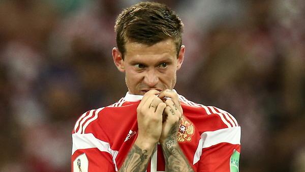Федор Смолов и еще 5 футболи…
