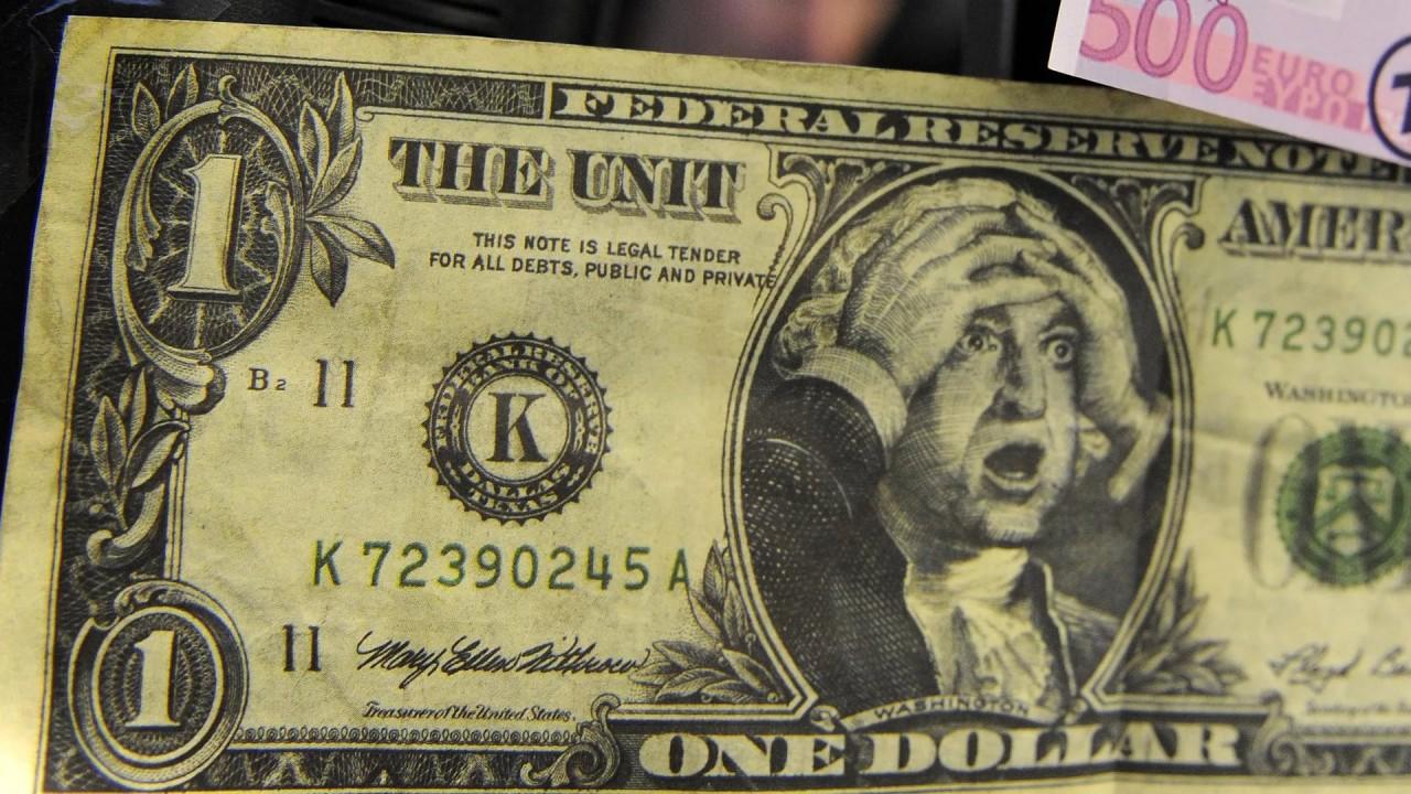 Ну вот и всё: Американский экономист предрек крах доллара