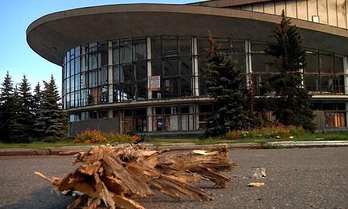 Чей сын богаче? Никулин восстановил цирк в Луганске, а Райкин просит денег