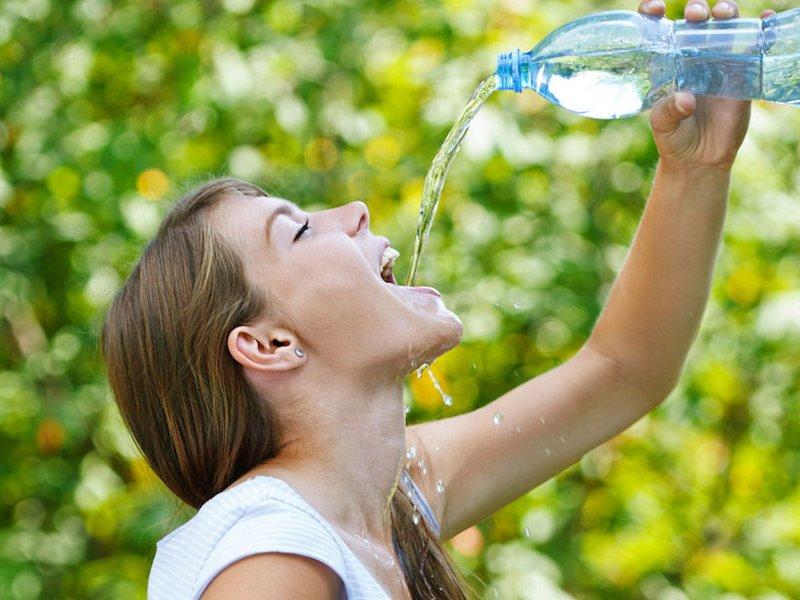 Ни капли в рот: когда воду не следует пить?