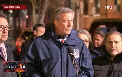 Мэр Нью-Йорка назвал пожар в Бронксе тяжелейшей трагедией