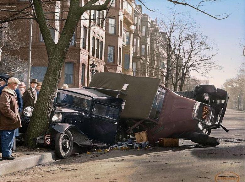 Бодался телёнок с дубом: аварии автомобилей с участием деревьев