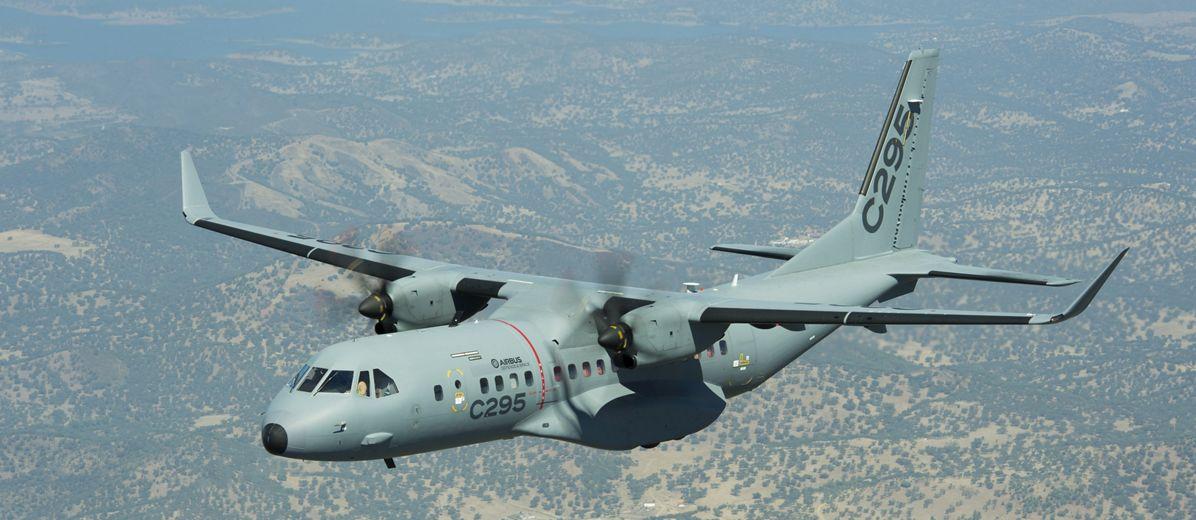 Первый коммерческий заказ на транспортные самолеты Airbus С295