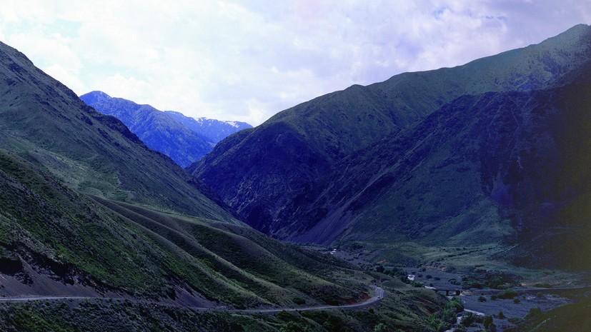 В посольстве сообщили о гибели российского альпиниста в горах Киргизии