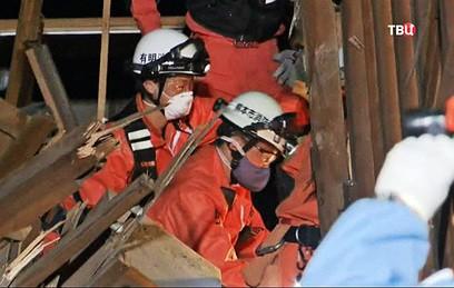 Жертвами землетрясения в Японии стали 2 человека
