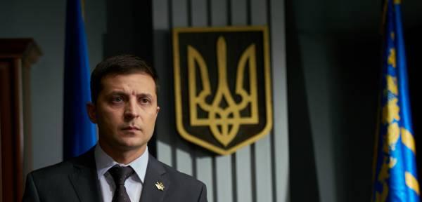 Зеленский возглавил рейтинги предвыборной гонки на Украине, но как?