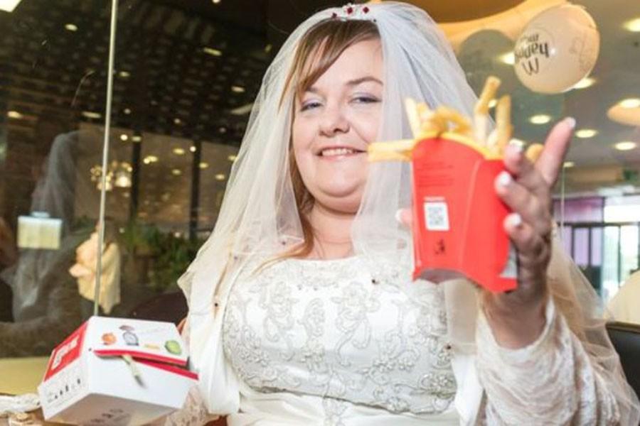 Можно ли жениться мужчине с такой зарплатой?