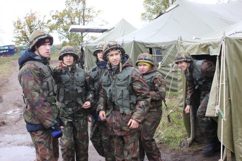 Под Петербургом  прошел военно-спортивный слет