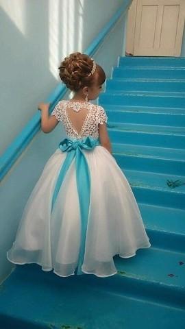 Снежинка в детском саду. Очень красивое платьице! Как вам эта прелесть?