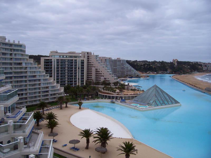 12108 Самый большой бассейн в мире