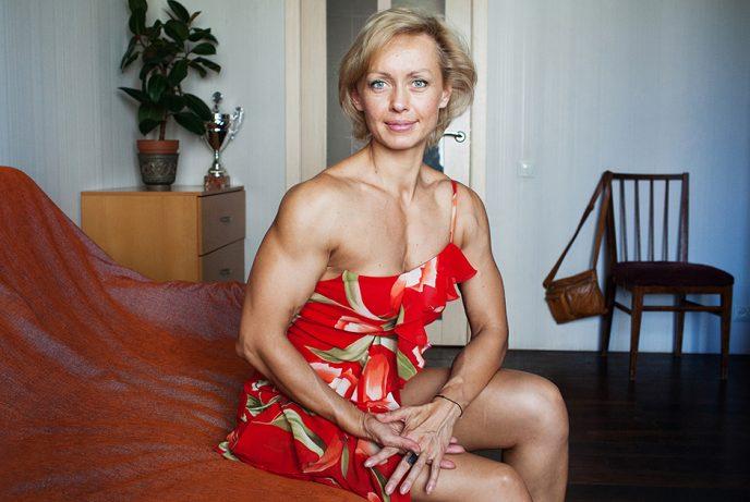 Женщина в мужском теле: как живут россиянки, обладающие железными кубиками
