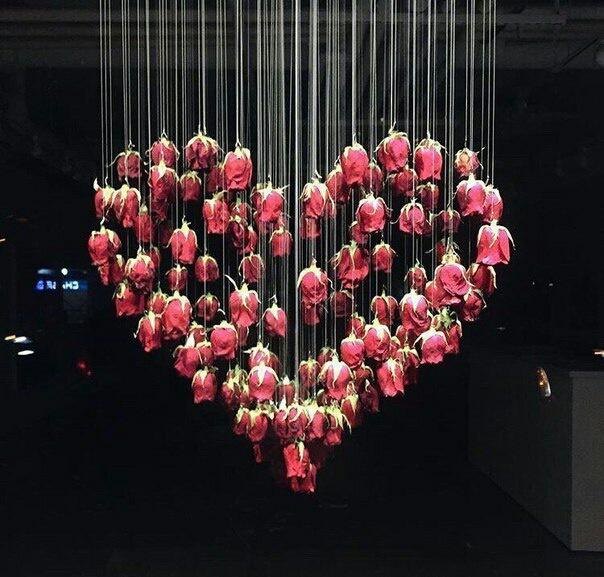 Валентинка в витрине