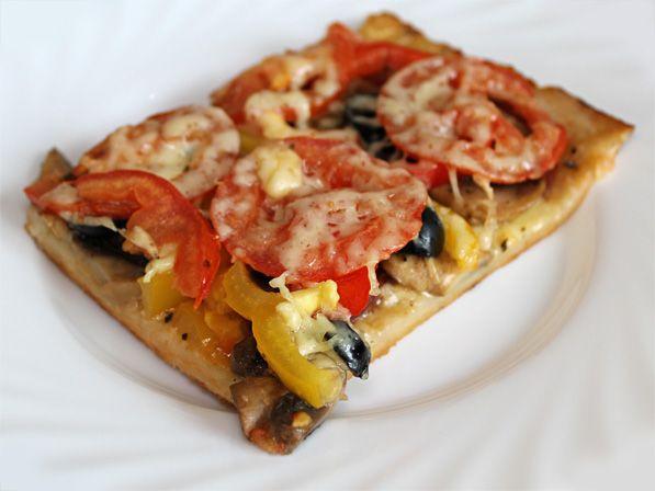 Пицца на тонком тесте: пицца…