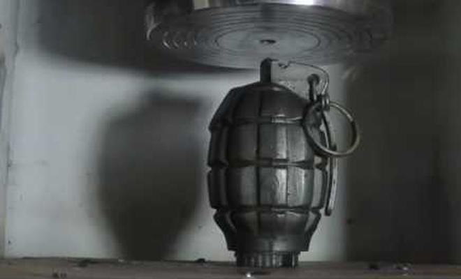Что будет, если гранату раздавить прессом