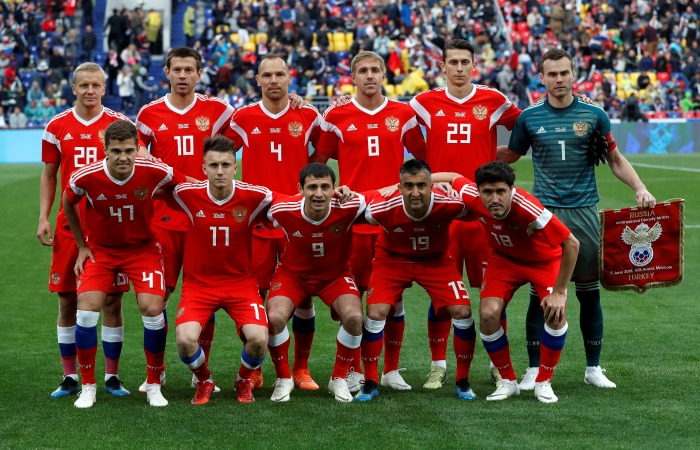 Наконец,дно: Россия опустилась на 70-е место в рейтинге ФИФА